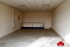 04-Alquiler-local-Juncaril-calle-Baza-Ref-4328A8430