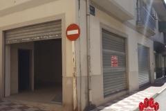 Local comercial en venta y alquiler en esquina C/Menorca con C/Paseo de Colón, Granada  2